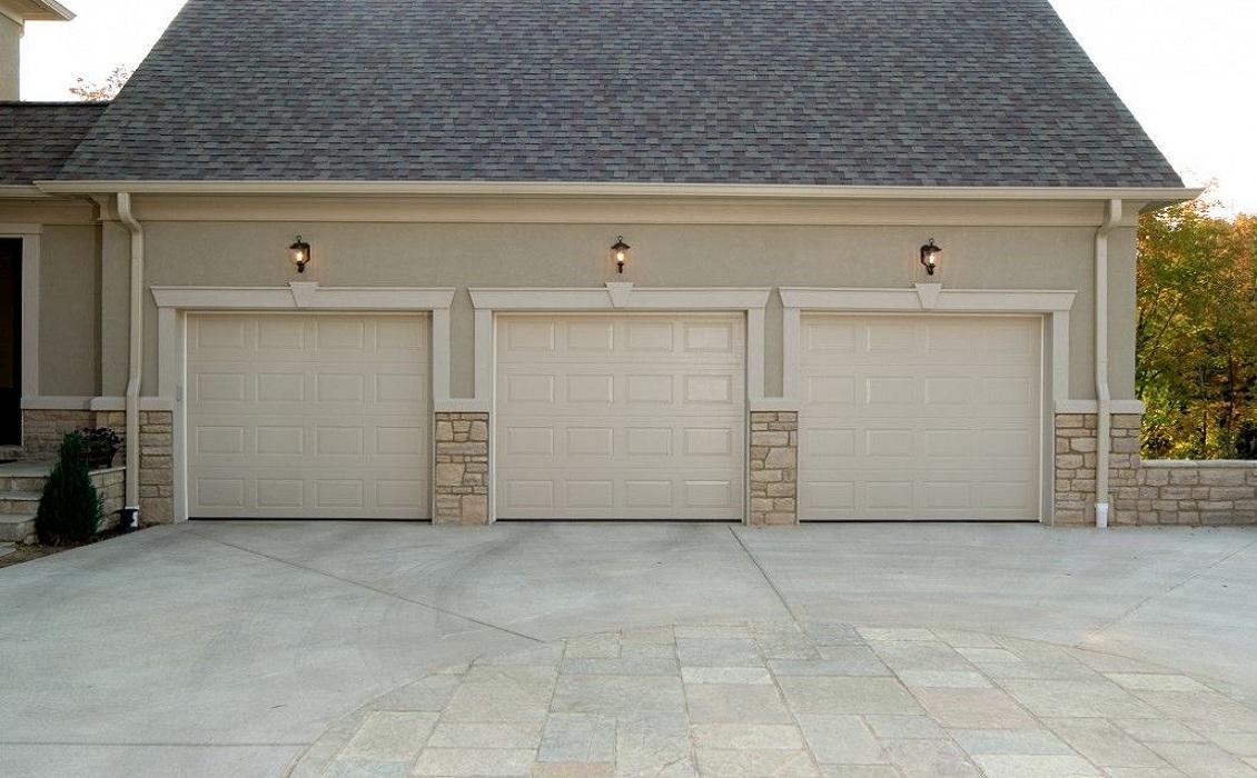 How to Spot a Certified Garage Door Repair Company in Your Area