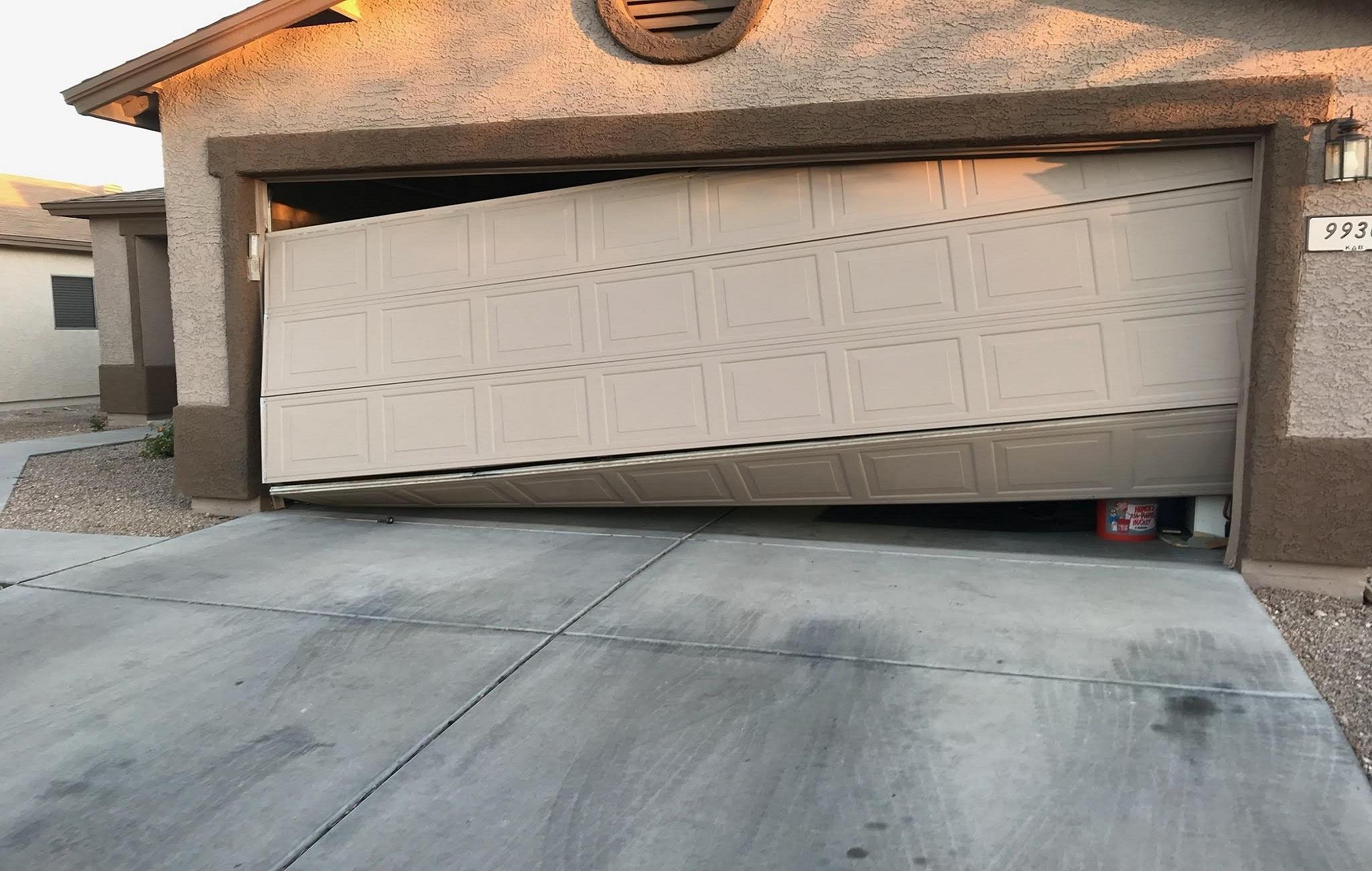 My Garage Door is Damaged, Can it Repair it Myself?