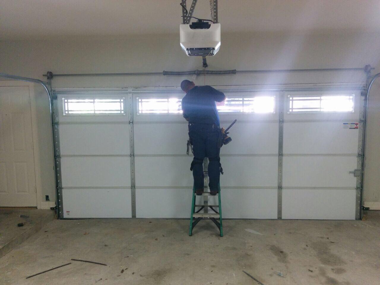The Key Advantages of Hiring a Professional Garage Door Repair